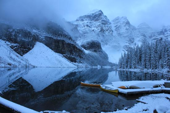Moraine Lake Lodge: Moraine Lake 15 Sep 2015