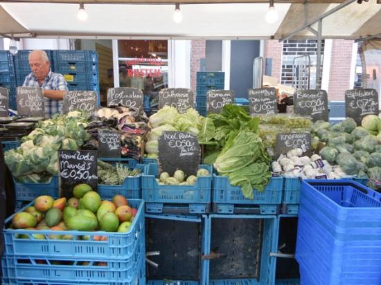 Photo of Farmers Market Ten Kate Markt at Ten Katestraat, Amsterdam 1053 CG, Netherlands
