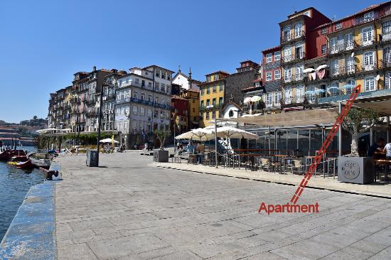 Ribeira Apartments: 1st floor apartment right in the vibrant Ribeira cultural quarter