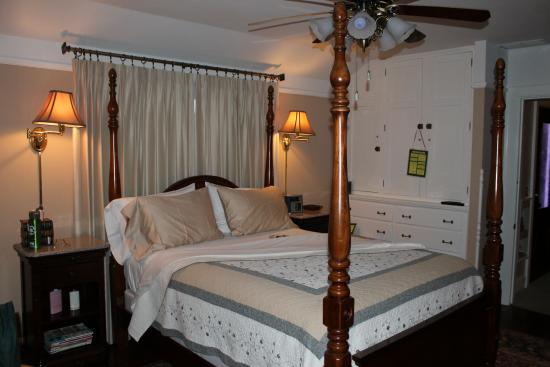 Fortville, IN: View of part of the bedroom
