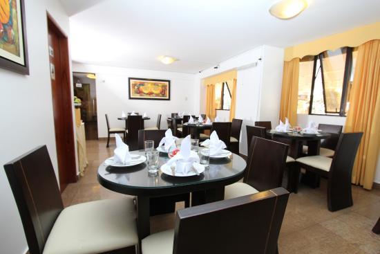 Inkari Apart Hotel: Vista trasera del Restaurante