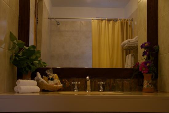 Eco Andina Hotel: Banño