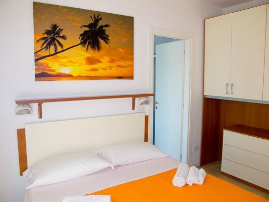 camera da letto con culla - picture of residence la nuova orchidea ... - Orchidea In Camera Da Letto