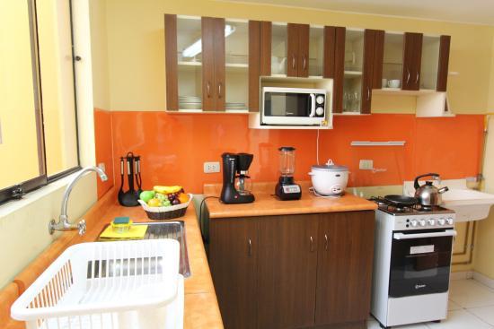 Inkari Apart Hotel: Cocina / Interior vista frontal