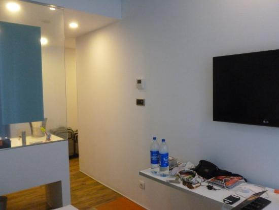Junior Suite Picture Of Room Mate Pau Barcelona Tripadvisor