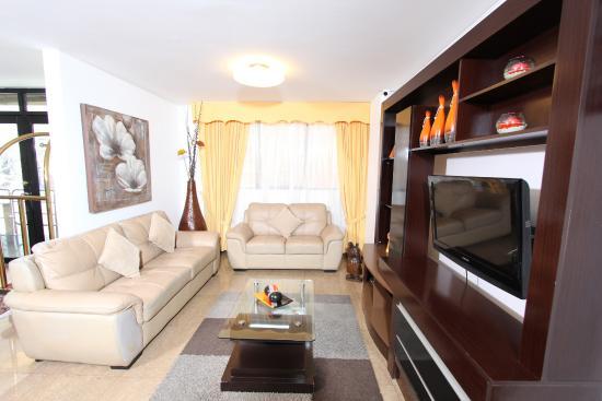 Inkari Apart Hotel: Living de Habitacion Ejecutiva