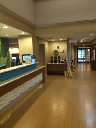 SpringHill Suites Chicago Naperville/Warrenville: Lobby