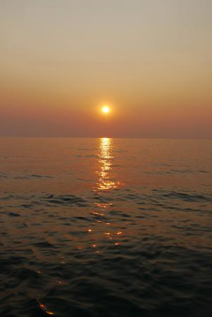 Pumulani: Sunset dhow cruise on Kake Malawi