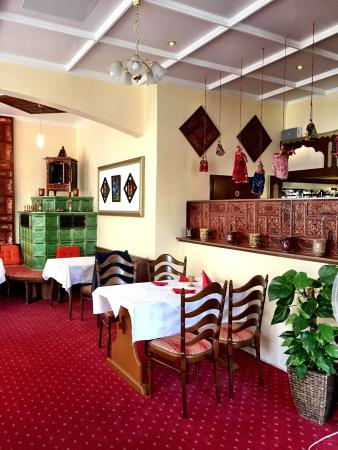 curry house dining room picture of curry house k town kaiserslautern tripadvisor. Black Bedroom Furniture Sets. Home Design Ideas