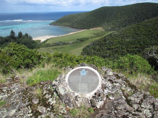 Lord Howe Island Walking Trails: Catalina crash site
