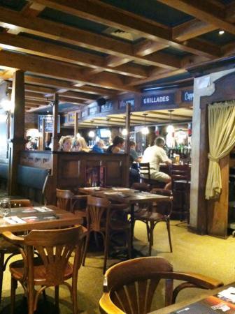 Chez Vincent: Bar