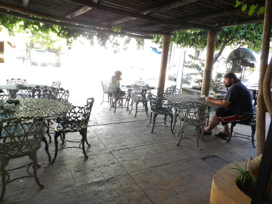 Cafe Ole: Covered Outdoor Seating