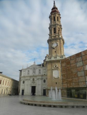 Museo De Tapices Y Capitular De La Seo: Museo di Arazzi