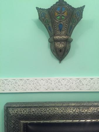 fontana - picture of riad l'arabesque, marrakech - tripadvisor - Larabesque Lampade