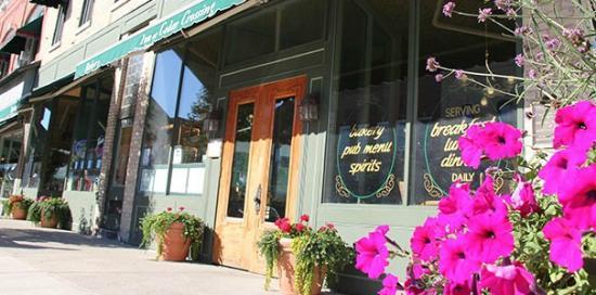 Inn at Cedar Crossing Picture