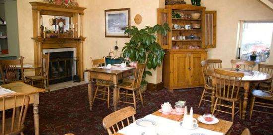 Inn at Cedar Crossing: Breakfast Room