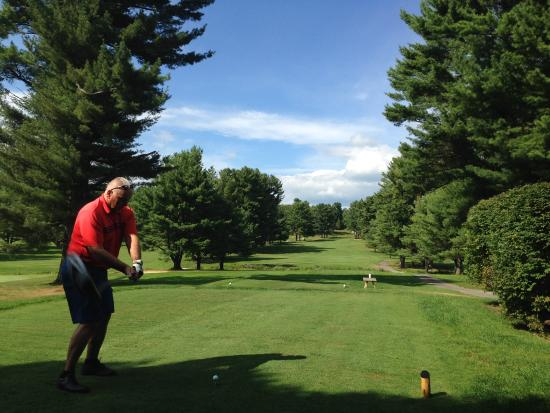 Manchester, ME: Teeing off on #10