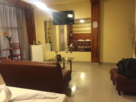 Aura Hotel: photo1.jpg