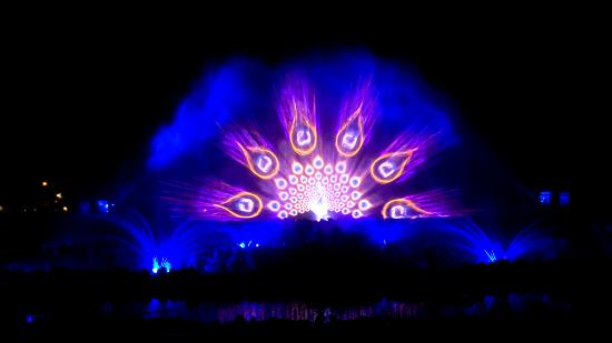 Swaminarayan Akshardham: Laser Water Show