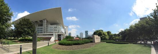 Grand Theatre (Da Ju Yuan)
