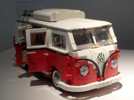 vw combi lego photo de the transparent factory of volkswagen dresde tripadvisor. Black Bedroom Furniture Sets. Home Design Ideas