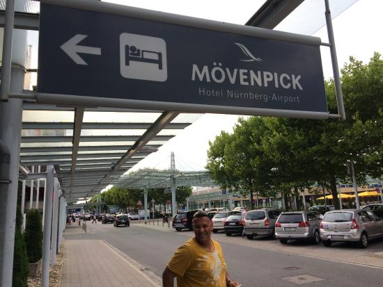 sign - Picture of Movenpick Hotel Nurnberg Airport ...