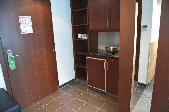 The small kitchenett is a nice touch - Picture of Schiller5 Hotel ...