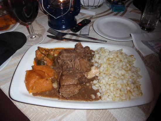 Alfredo's Restaurant: Piatto con impala