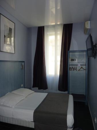 Hotel Paradis: Habitación