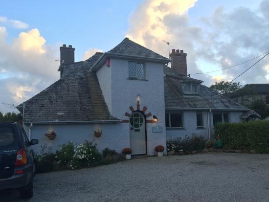 Halwell Lodge: photo0.jpg