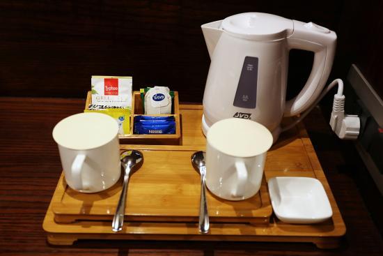 Hotel Ch2 Tea Coffee Maker