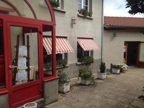 Saint-Bonnet-les-Oules, فرنسا: La petite auberge