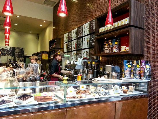 Filicori Zecchini: The counter