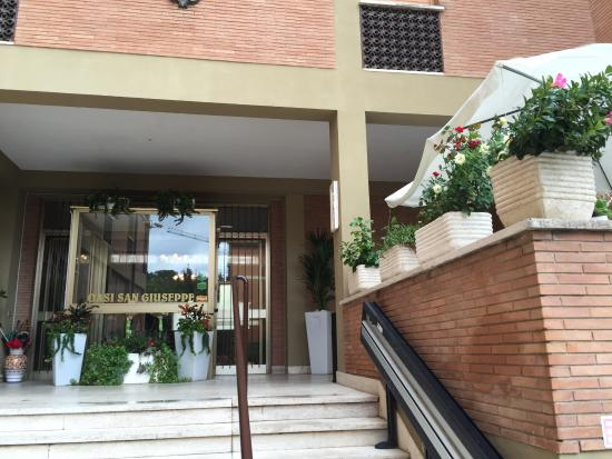 Oasi San Giuseppe : Italian Oasis for Rest