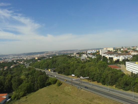 A&O Prag Metro Strizkov: widok z okna, piętro 13