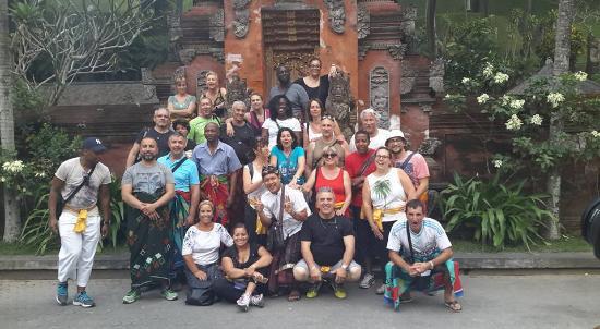 Bali Must Be Crazy: sejours avec des clients a Tampak Siring