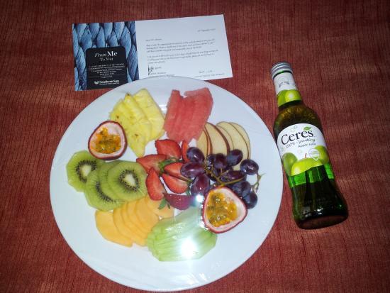 Southern Sun Katherine Street Sandton: The named complimentary fruit plate