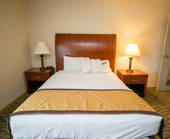The One Bedroom Apartment at the Baymont Inn & Suites Grand Rapids Airport