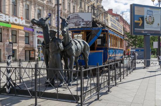 St. Petersburg Horsecar Replica