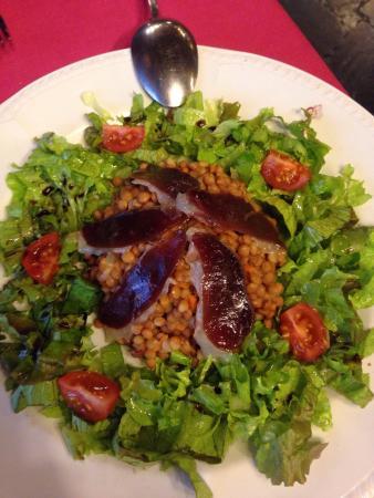 Casa Estampa : Excelente comida por precios acordes a la comida. La atención inmejorable... Trucha en salsa de