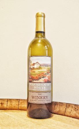 Maynardville, TN: Farmhouse White Wine