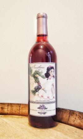 Maynardville, TN: Southern Belle Concord Wine