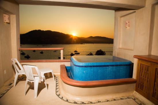 Villa del Pescador: Jacuzzi de habitación de lujo