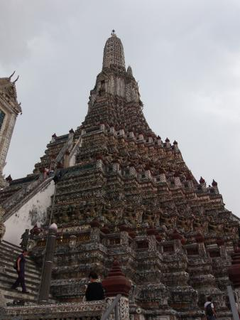 Temple of Dawn (Wat Arun): The tempel up close