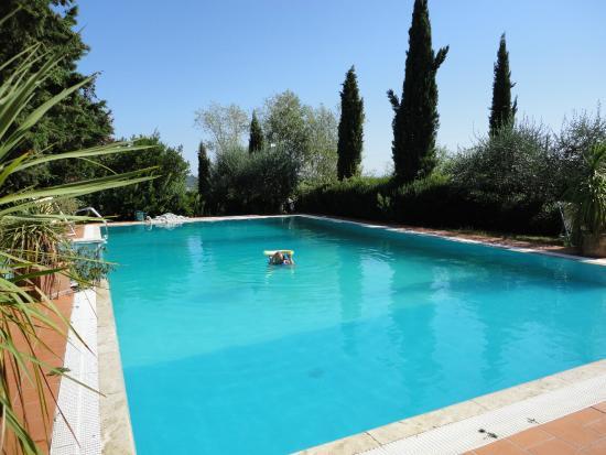 Montespertoli, Włochy: Pool