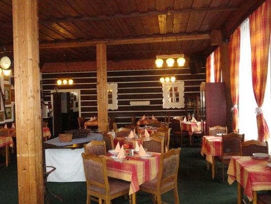 Hotel Karolina: Restaurant