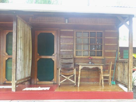 Cabinas Coloso Del Mar : My cabin. Rustic and very cozy