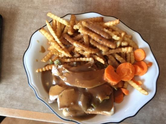 Montague, Canadá: Hot Turkey Sandwich, Open-Faced