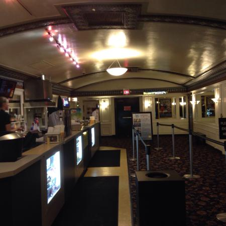 cedar lee cinema cleveland heights all you need to