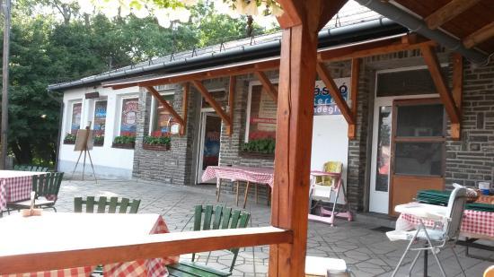 Sástó Étterem